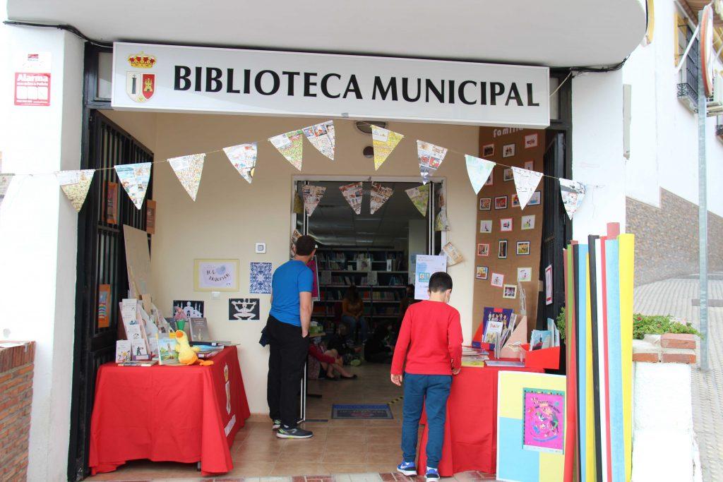 al-aire-libro-biblioteca-cartama-pueblo-080421-14r