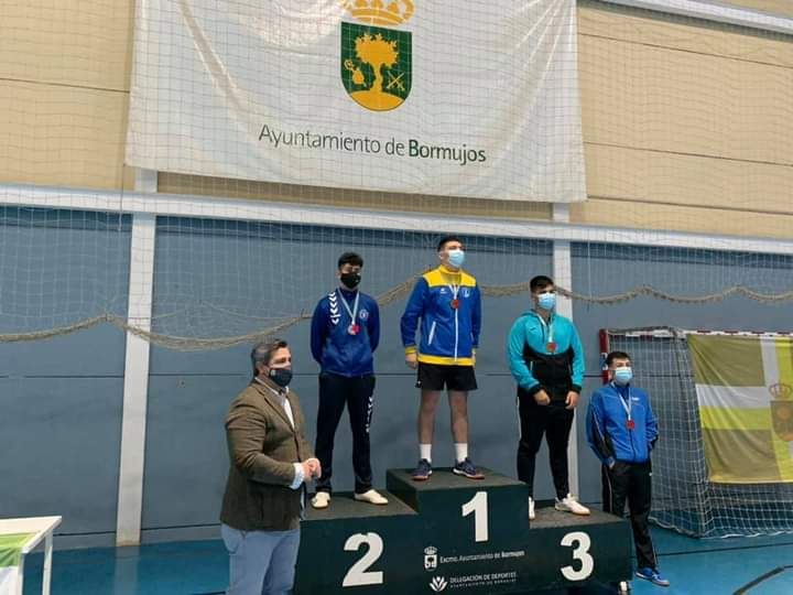 cristian-carmona-y-daniel-gonzalez-en-zonal-tenis-mesa-dic2020