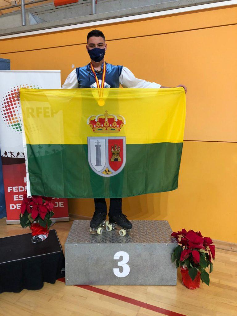 daniel-martinez-tercero-en-cto-espana-patinaje-artistico-sobre-ruedas-dic-2020-1