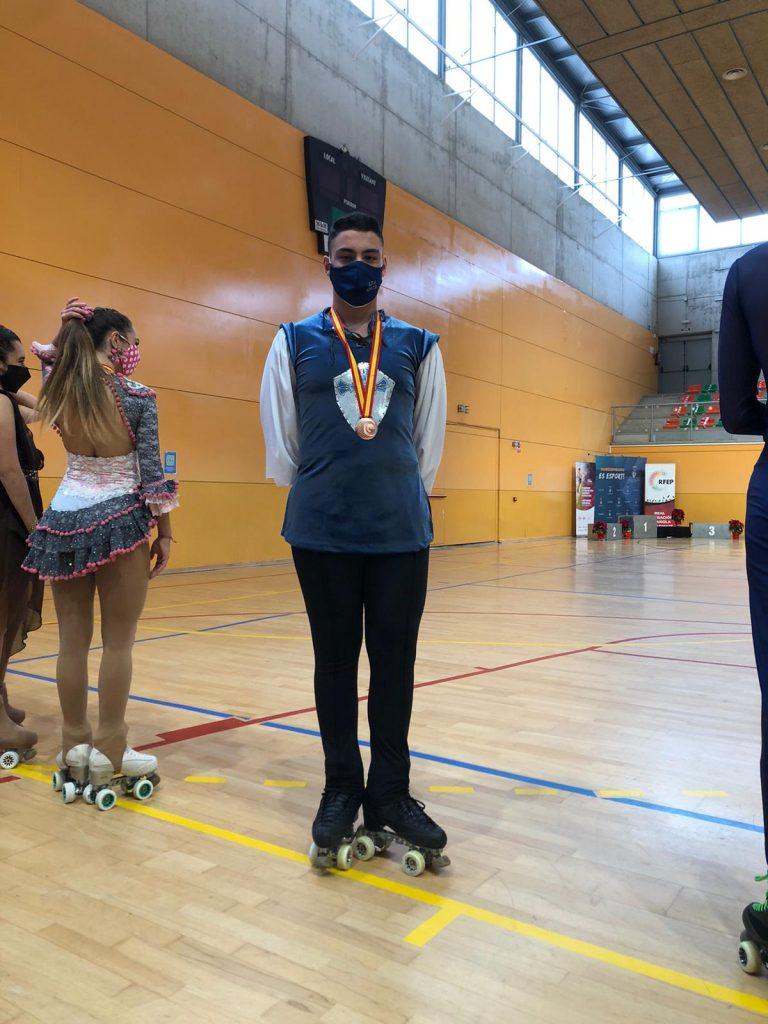 daniel-martinez-tercero-en-cto-espana-patinaje-artistico-sobre-ruedas-dic-2020-9
