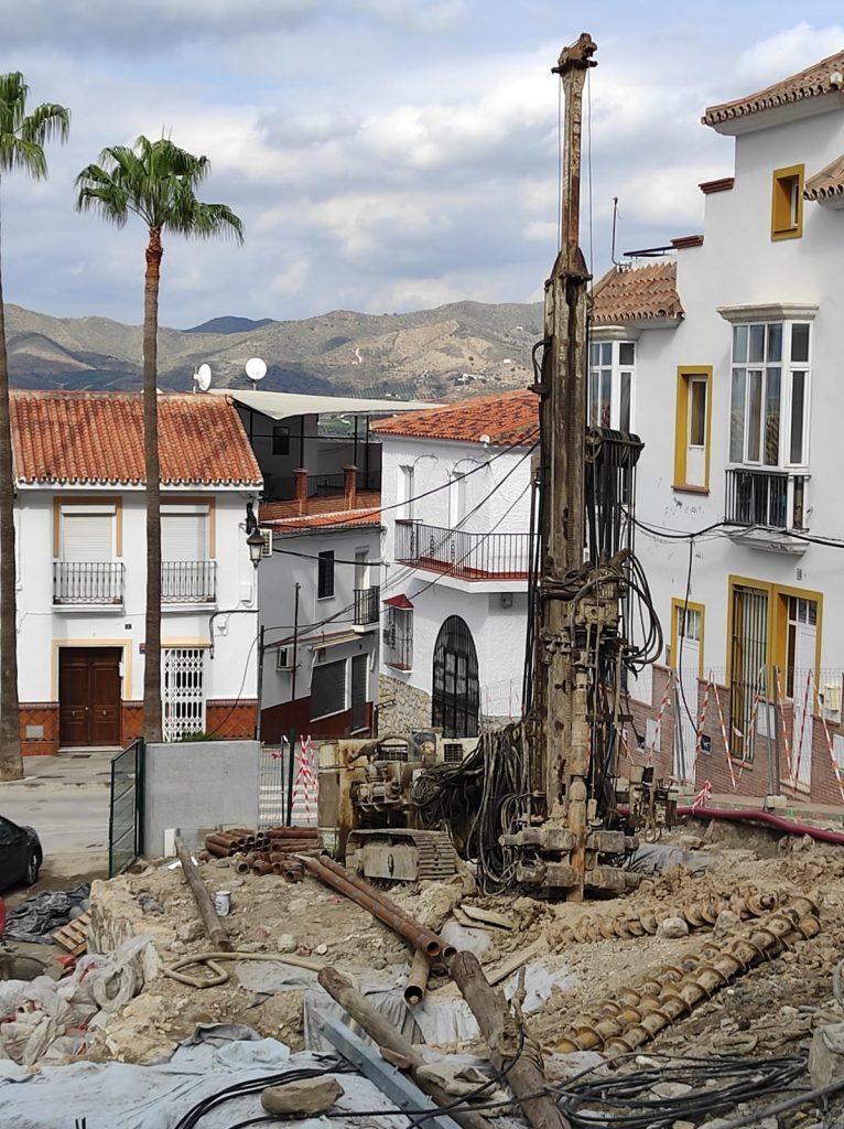 obras-muro-pantalla-calles-toril-y-callejuela-plaza-constitucion-restos-arqueologicos-131120-3