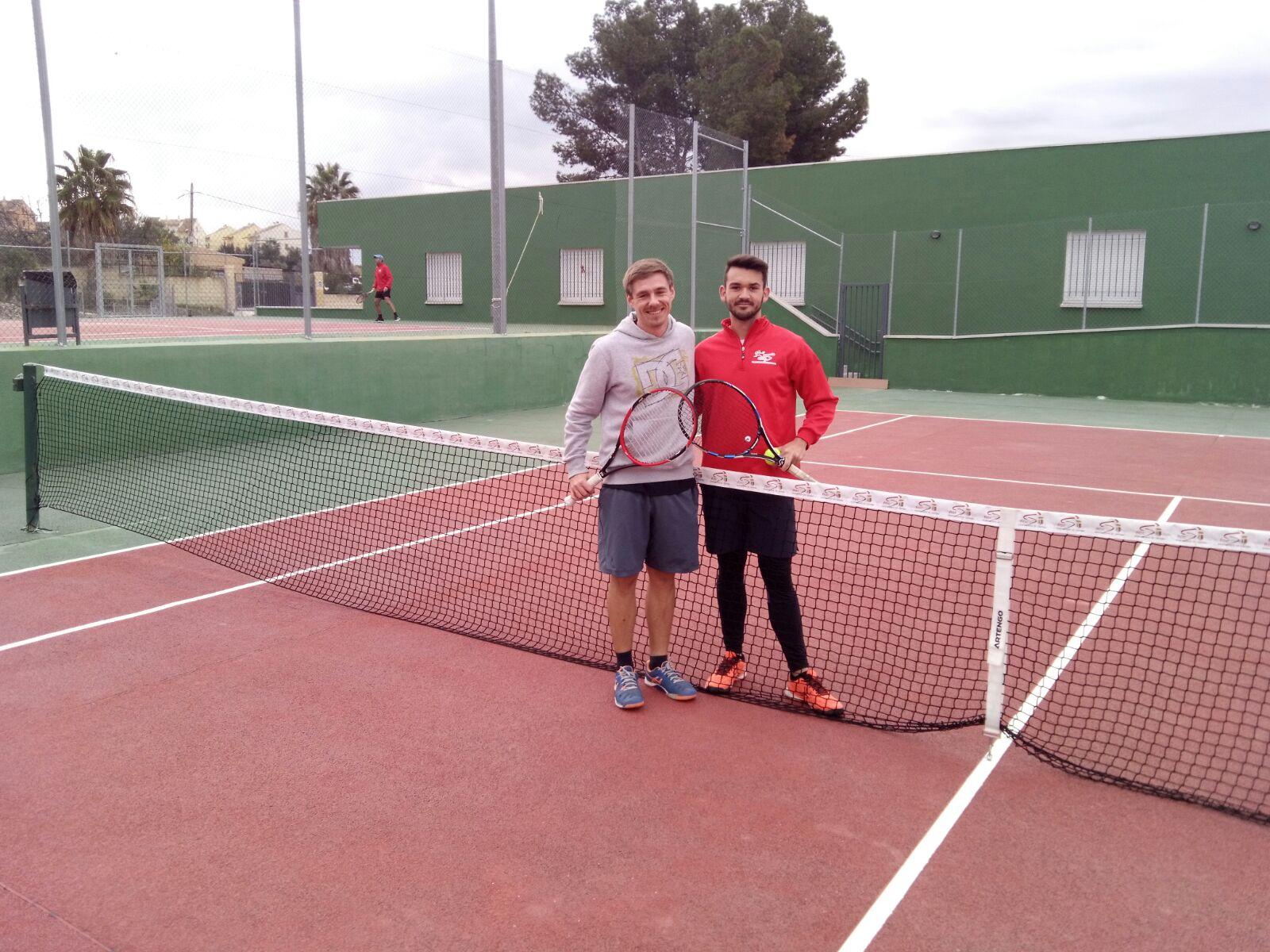 primer-partido-liga-amateur-por-equipos-provincial-de-tenis-4