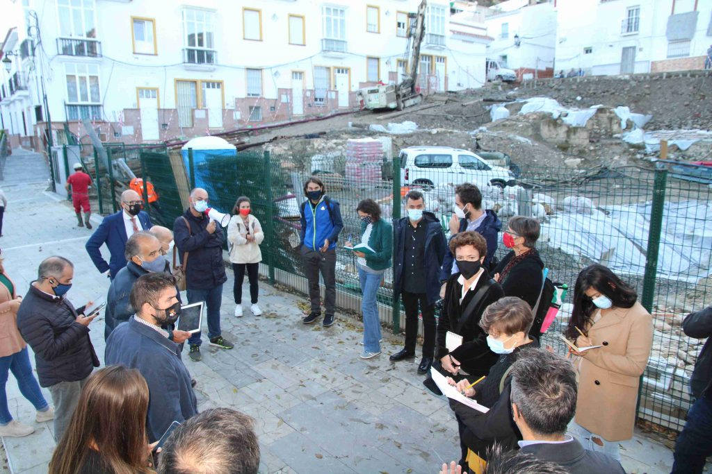 visita-arquitectos-plaza-constitucion-concurso-de-ideas-231020