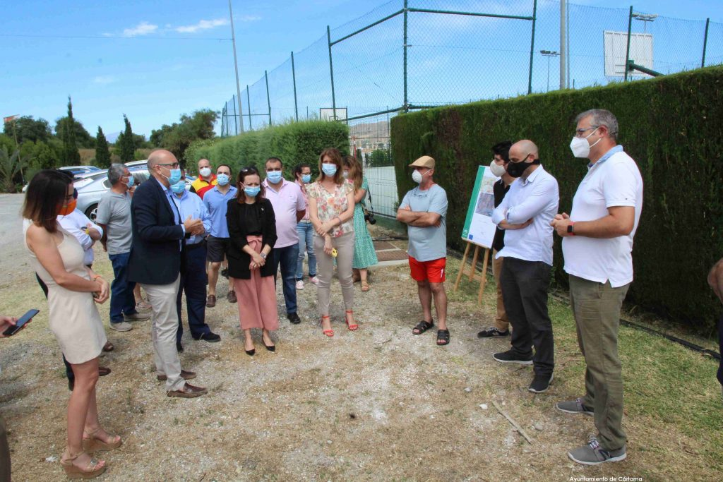 visitas-delegada-gobierno-y-fomento-zona-via-ciclo-peatonal-dona-ana-rotonda-carretera-a7057-160620-7